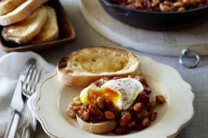 Breakfast beans on toast