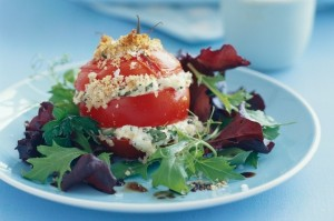 Roasted tomatoes with garlic crumbs