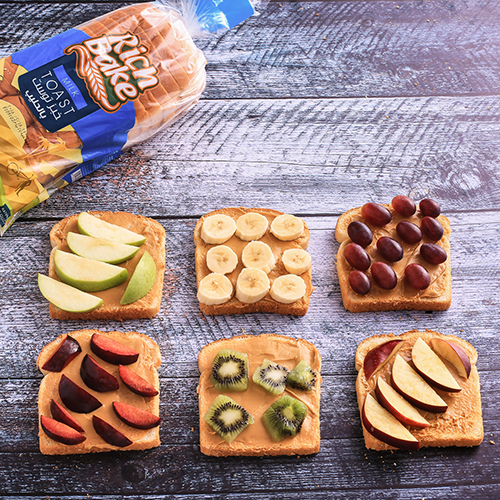 Peanut Butter and Fruits Sandwich